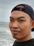 Bob piang, 33, Singapore