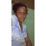 Merlyne, 20  , Libreville