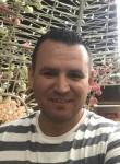 serkan, 40  , Izmir