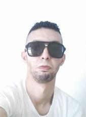 Salah Adinne, 31, United States of America, Chicago