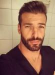 Romo, 40  , Lyon