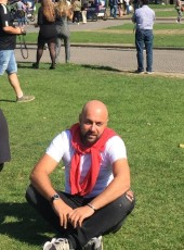 Irakli, 35, Russia, Moscow