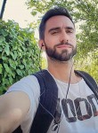 Jean-Éric, 27  , Le Plessis-Trevise