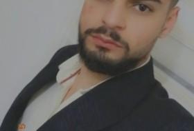 ahmad, 25 - Just Me