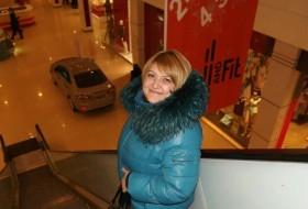 Mayya, 44 - Just Me