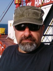 Kaptan Takar, 46, Spain, Aviles