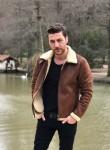Hakan, 40  , Istanbul