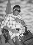 Qwejo GudLivn, 31  , Paramaribo