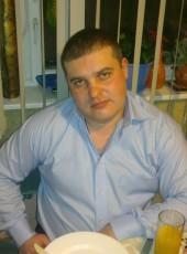 Aleksandr Lunev, 38, Russia, Moscow