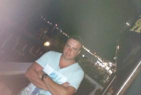 andrey angelov, 43 - Just Me