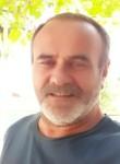Yaşar, 54  , Istanbul