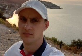 Aleksey , 27 - Just Me