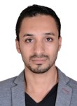 رجل اعمال, 33  , Cairo