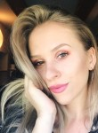 maripracharova, 26  , Manhattan Beach