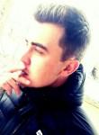 Aleksandr , 24  , Ryazan