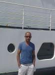 Mohamed, 18  , Villebon-sur-Yvette