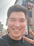 Evgeniy, 22  , Anseong