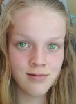Naomi, 18  , Le Petit-Quevilly