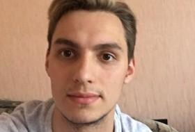 Vitaliy, 22 - Just Me