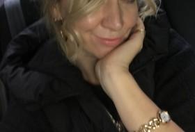 Oksana , 41 - Just Me