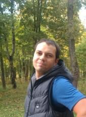 Yura, 36, Belarus, Vitebsk