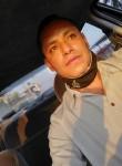 Roberth, 43  , Mexico City