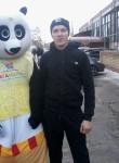 Oleg, 19  , Sorochinsk