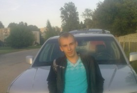 Andrey, 29 - Just Me