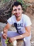 Adem, 19, Erbil