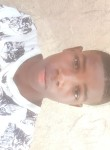 YVEL, 18, Port-au-Prince
