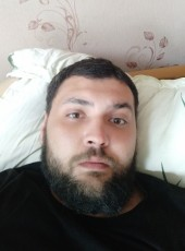 Artur, 31, Russia, Moscow