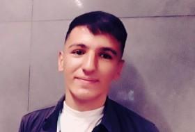Yusuf , 19 - Just Me