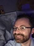 Heindrick, 36  , Amiens