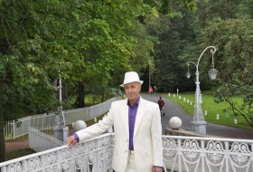 Volodya, 59 - Just Me
