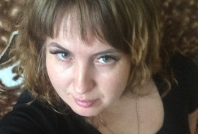 ludmila, 41 - Just Me