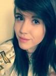 elizabeth, 26  , Lower Hutt