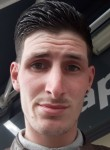 Damien, 21  , Corbeil-Essonnes