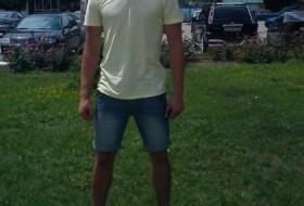Viorel, 33 - Just Me