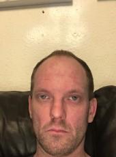 Thomas, 34, Denmark, Haderslev