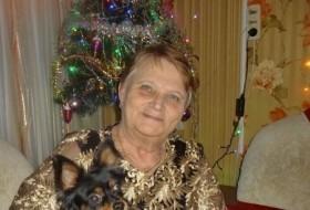 Vera, 67 - Just Me