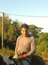 Jorge Ezequiel, 18, Argentina, San Nicolas de los Arroyos
