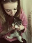Alina, 22  , Kommunar