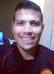 Lucas Costa, 30  , Viamao