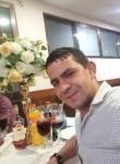 Iulian Luca , 36  , Mejorada del Campo