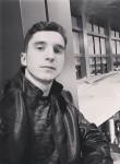 Anatolii, 23 года, Великовечное