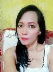Ayuni, 40, Indonesia, Jakarta