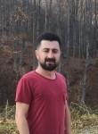 mustafa, 32, Istanbul