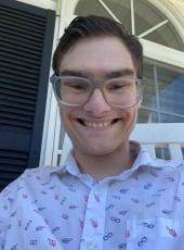 Nick, 19, United States of America, Portland (State of Maine)