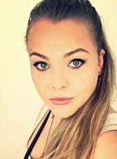 Lana, 26, Ukraine, Kiev