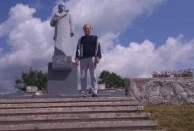 Vladimir, 32 - Just Me